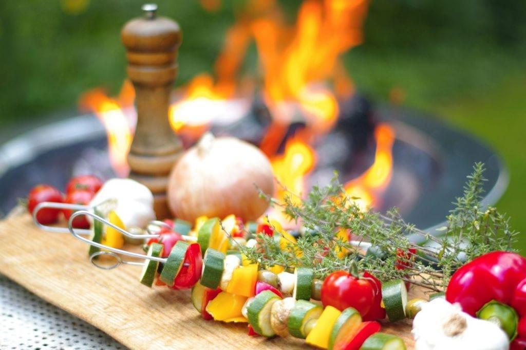 7 najlepszych warzyw na grilla. Jak je przygotować?