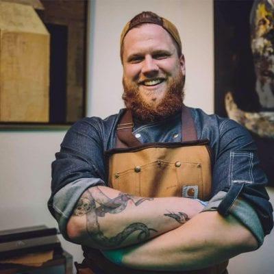 Gotowanie na kółkach – wywiad prosto z food trucka z Filipem Głodkiem