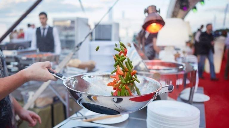 Stir-fry – co warto wiedzieć o tej technice?