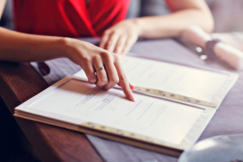 Jak stworzyć dobre menu? Poznaj 3 zasady idealnej karty