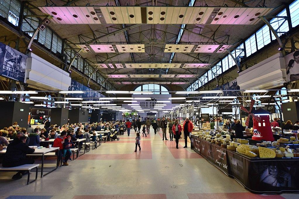 W Warszawie otworzyła się ponownie Hala Gwardii. Kolejny food market atrakcją dla Warszawiaków?