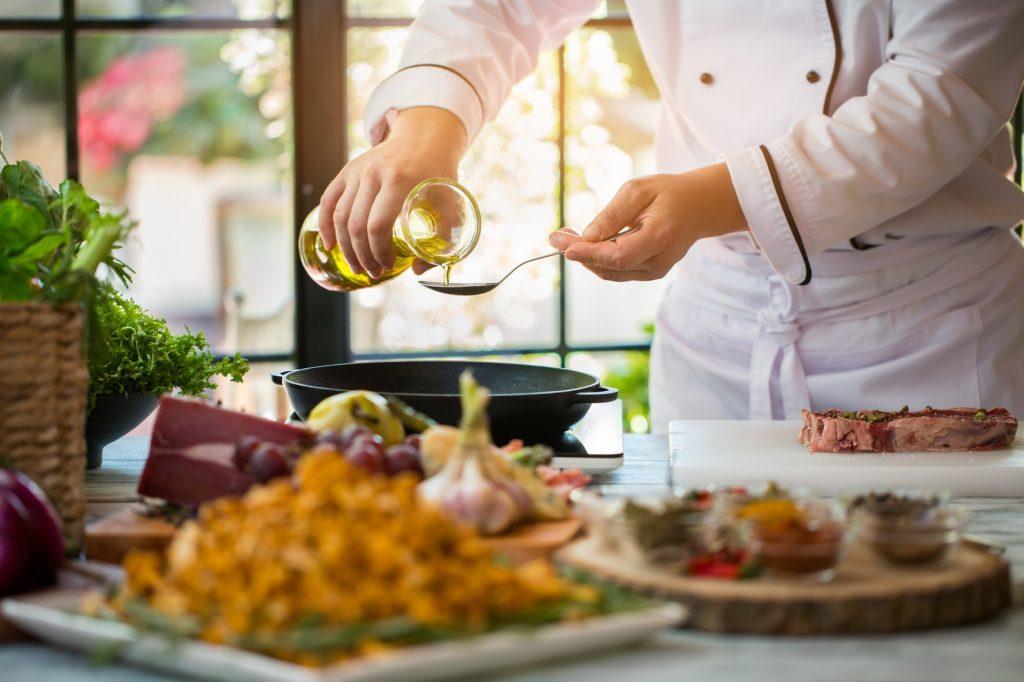Szefowie kuchni zdradzają swoje ulubione techniki korzystania z tłuszczy