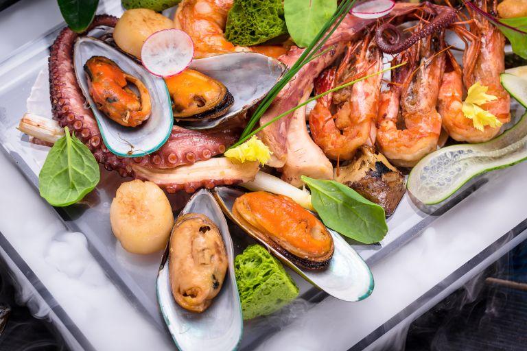 Owoce morza na świecie. Poznaj trendy, które warto wprowadzić do swojej restauracji!