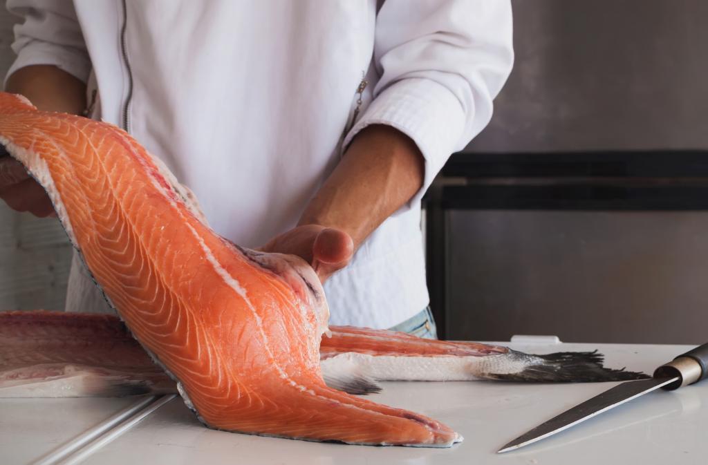 Jak wybierać ryby i owoce morza? Rozmowa z Agatą Dajczak z MOWI Poland
